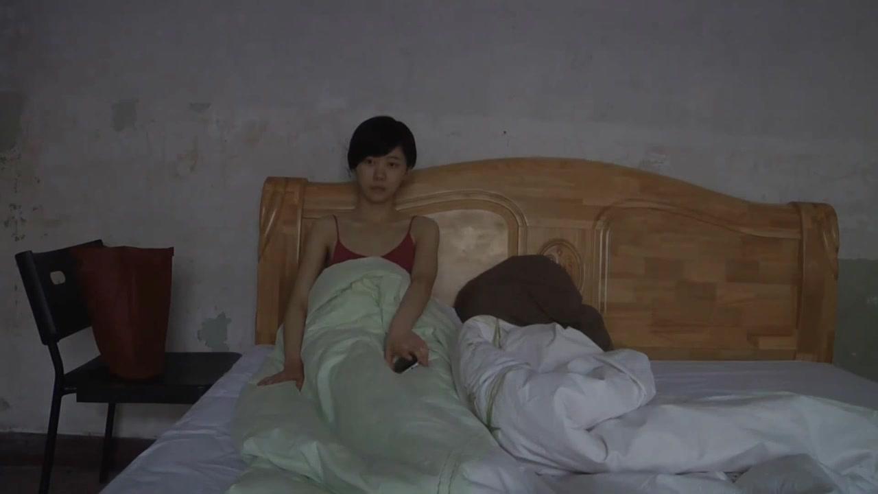 北京文艺小青年吴昊昊与小姐自拍性行为艺术小电影吃孩子对白很有内涵