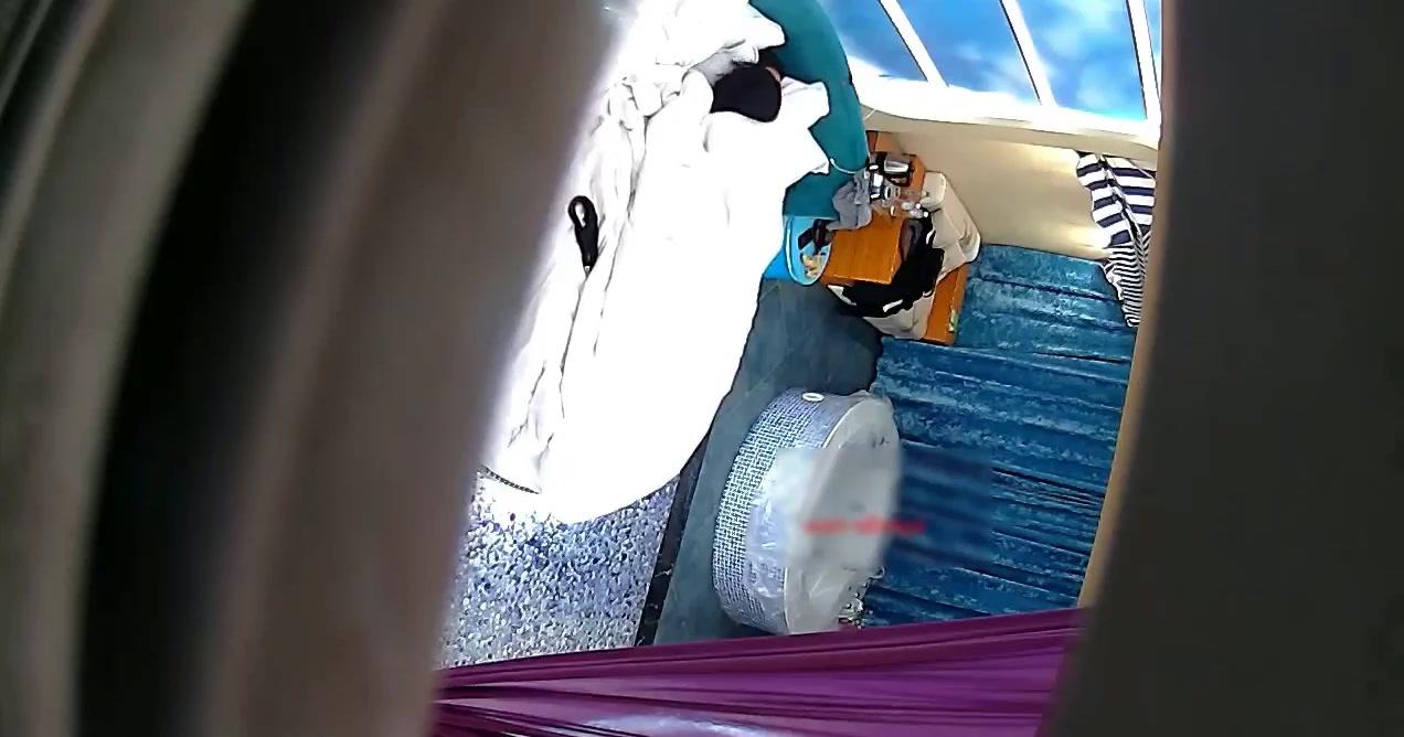 精品酒店新台知识分子情侣带大胸气质美女开房按摩浴缸洗完鸳鸯浴啪啪