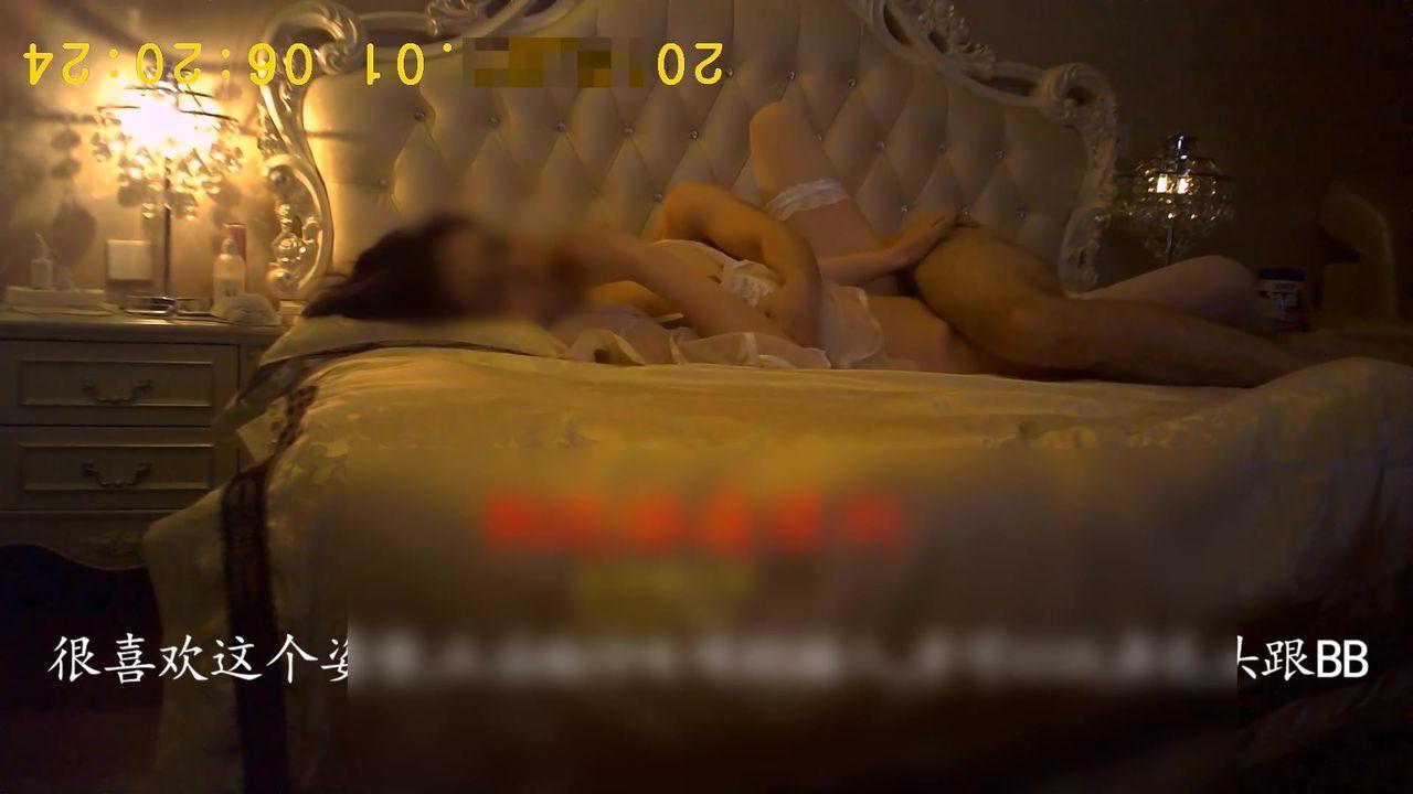 草哥高端约炮外表清纯漂亮温柔可人极品外围女透明薄纱情趣在浪漫的音乐中造爱娇嫩淫叫楚楚动人1080P原版