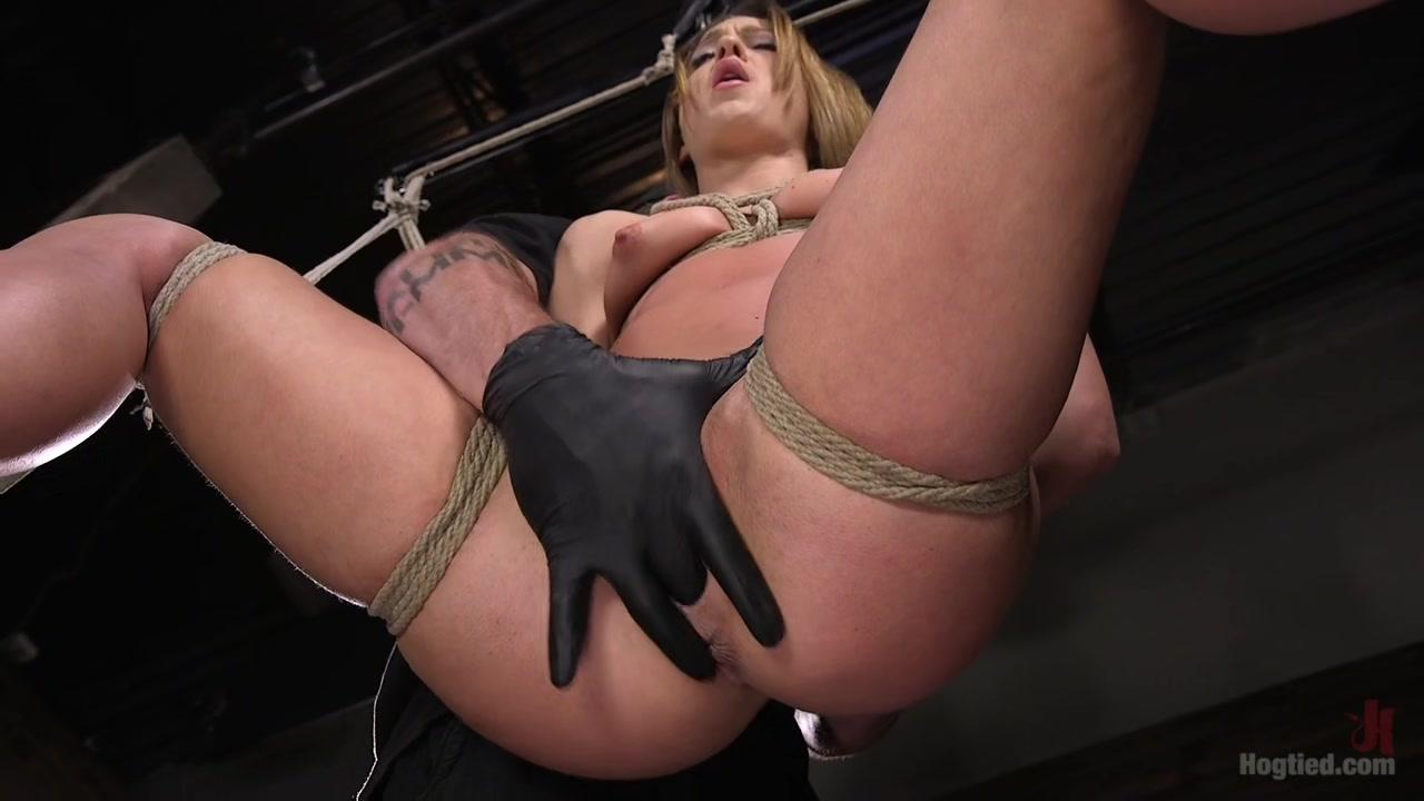 极限女体暴力SM调教系列少妇口含球绑手绑脚吊起脖子各种道具伺候一会爽一会痒嗷嗷大叫差点窒息