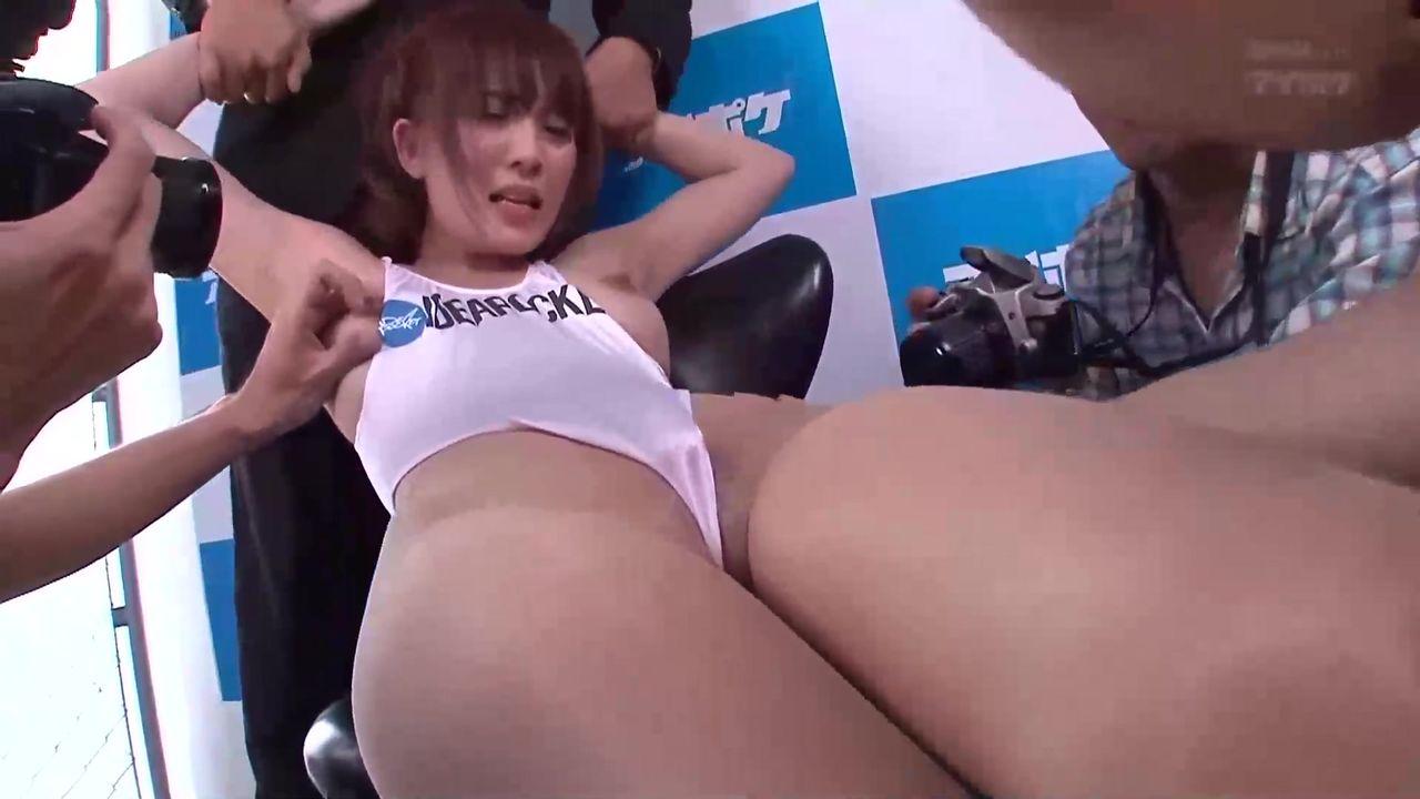 【无码破解】演技派痴女女神『樱木凛』美车模遭遇潜规则IPZ-704