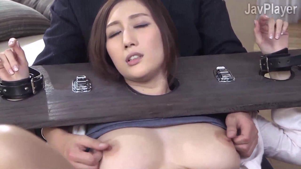 【无码破解】痴女乳神『京香JULIA』借贷人妻被固定捆绑玩弄MIDE-203