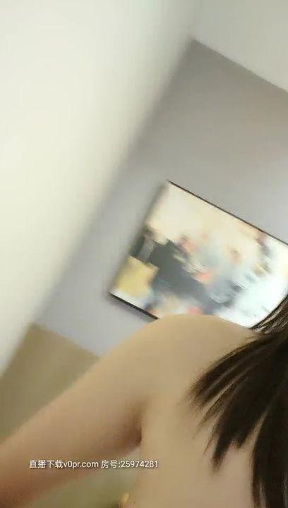 极品萝莉靓妹『大二学妹』07.26勾引送药的美团小哥激情啪啪 无套猛操很爽 多姿势爆操 内射中出浪穴 高清源码录制