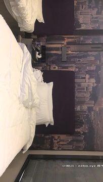 2020.12.23【步宾寻花】洋娃娃般的外围小姐姐,脸蛋精致漂亮,女神温柔可舌吻,性爱细节啪啪完美展示