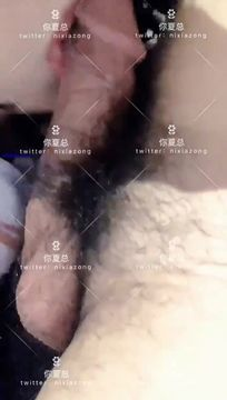 微博红人~【你夏总】76V福利资源,玩具自慰 小内内塞进逼逼里,内裤勒紧阴蒂搞到潮喷 被炮友按在镜子前火力开炮!