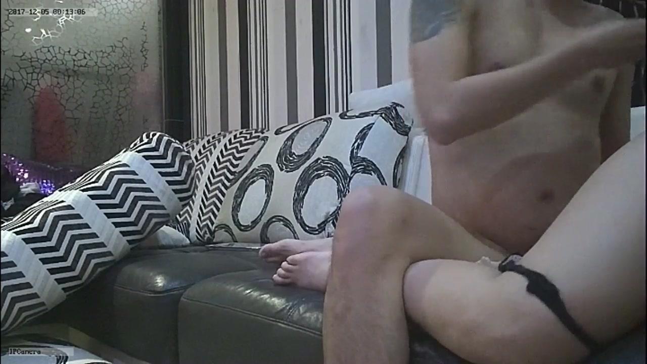 广东约约哥最新自拍家里沙发各种姿势草非常骚的肉臀良家少妇呻吟给力720P无水印