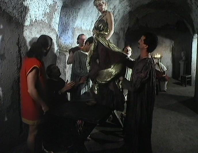 复古四级意大利的片子总是能勾起欲望异域风情性爱鸡动《圣母玛利亚1996》激情佳作 古装戏别有韵味好身材