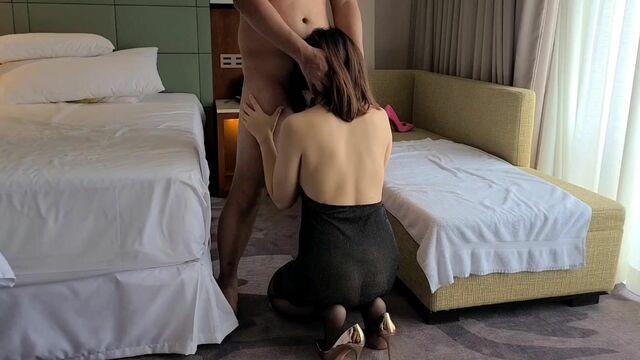吹吹吹,用力吹,酒店猛搞大奶少妇!