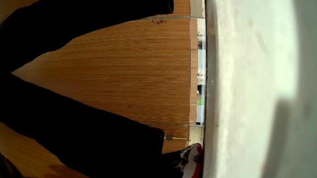 【魔手外购】商场女士公共蹲厕定点高清后景偸拍超多妹子方便 基本都是年轻露脸美女 亮点多多 原版27V3