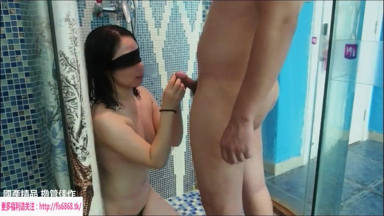 约啪偷情人妻浴室舔舐后入 穿上性感黑丝转移战场呻吟不断(完整版)